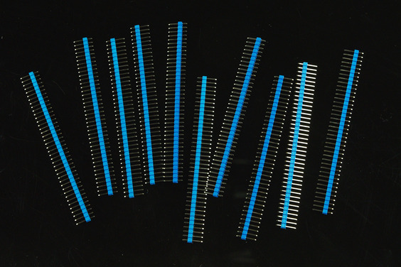 0.1″ (2.54 mm) Arduino Male Pin Headers (Straight Blue 10pcs)