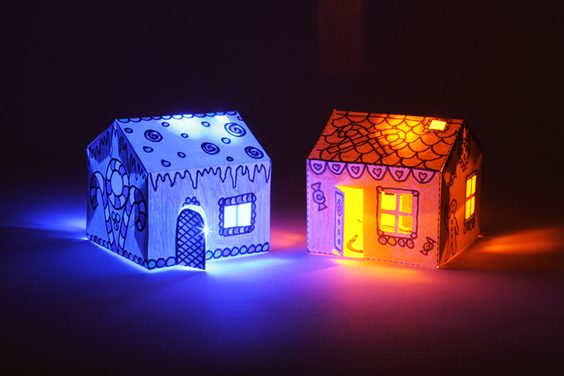 Glowing House Set - BARE Conductive (Discontinued)